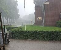 Hevige regenbui in gemeente Wierden